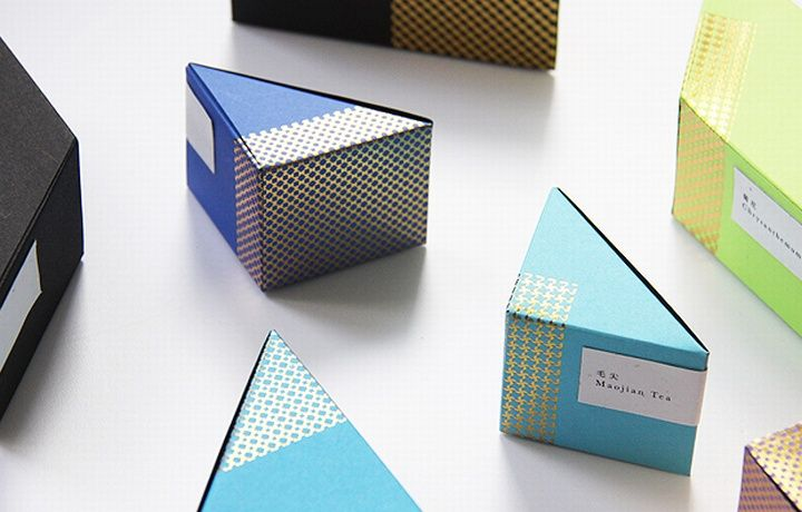 Astrobrights packaging by BLOW 06 Astrobrights packaging by BLOW