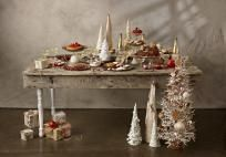 Easy Holiday Decorating Ideas | Color.About.com - Image: ©Lew Robertson/The Image Bank/Getty Images