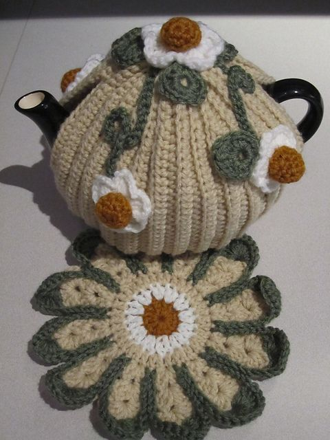 Lazy Daisy Tea Cosy Pattern By Inside Crochet Inspiratioin