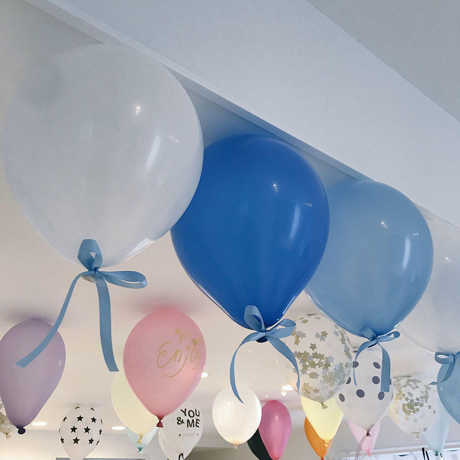 壁 天井 ダイソー 風船 誕生日飾り付け 誕生日 などのインテリア実例