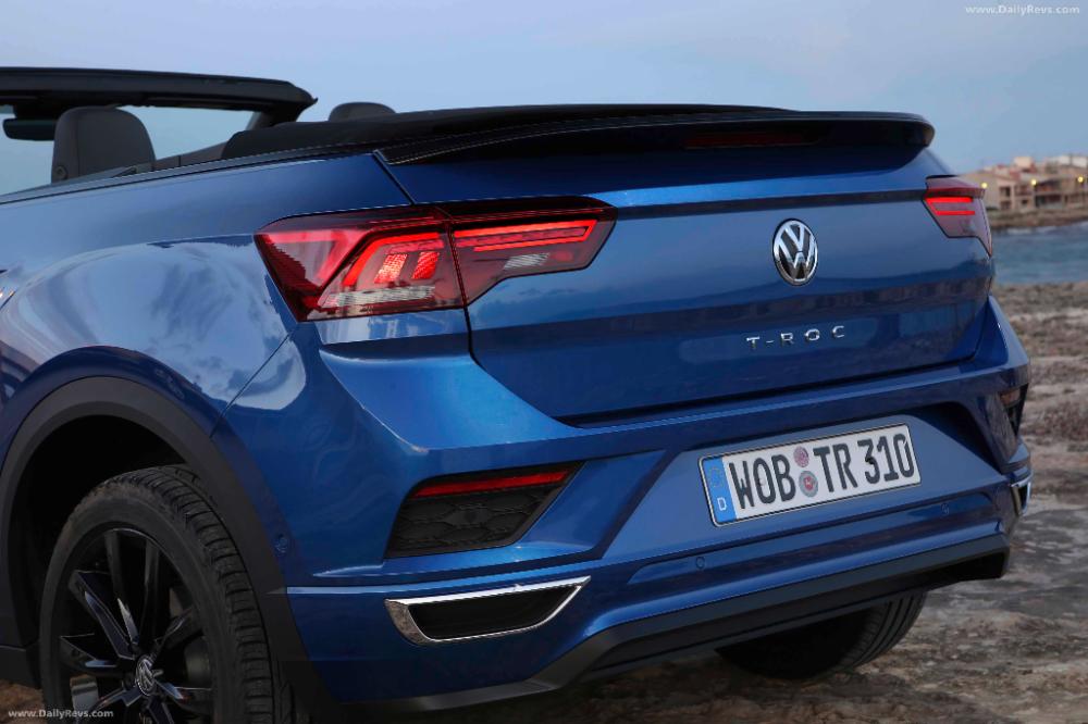2020 Volkswagen T Roc Cabriolet Hd Pictures Videos Specs Information In 2020 Cabriolets Volkswagen Top Cars