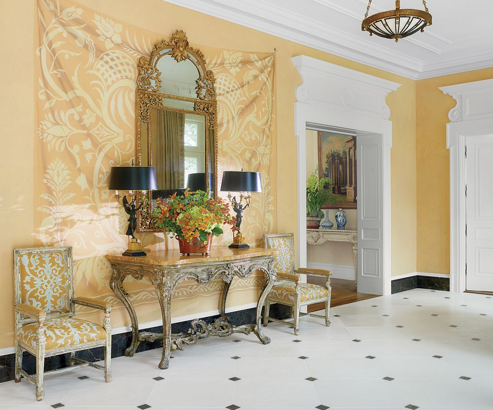 Traditional Entrance Hall by Bunny Williams Inc. and 3north in ...