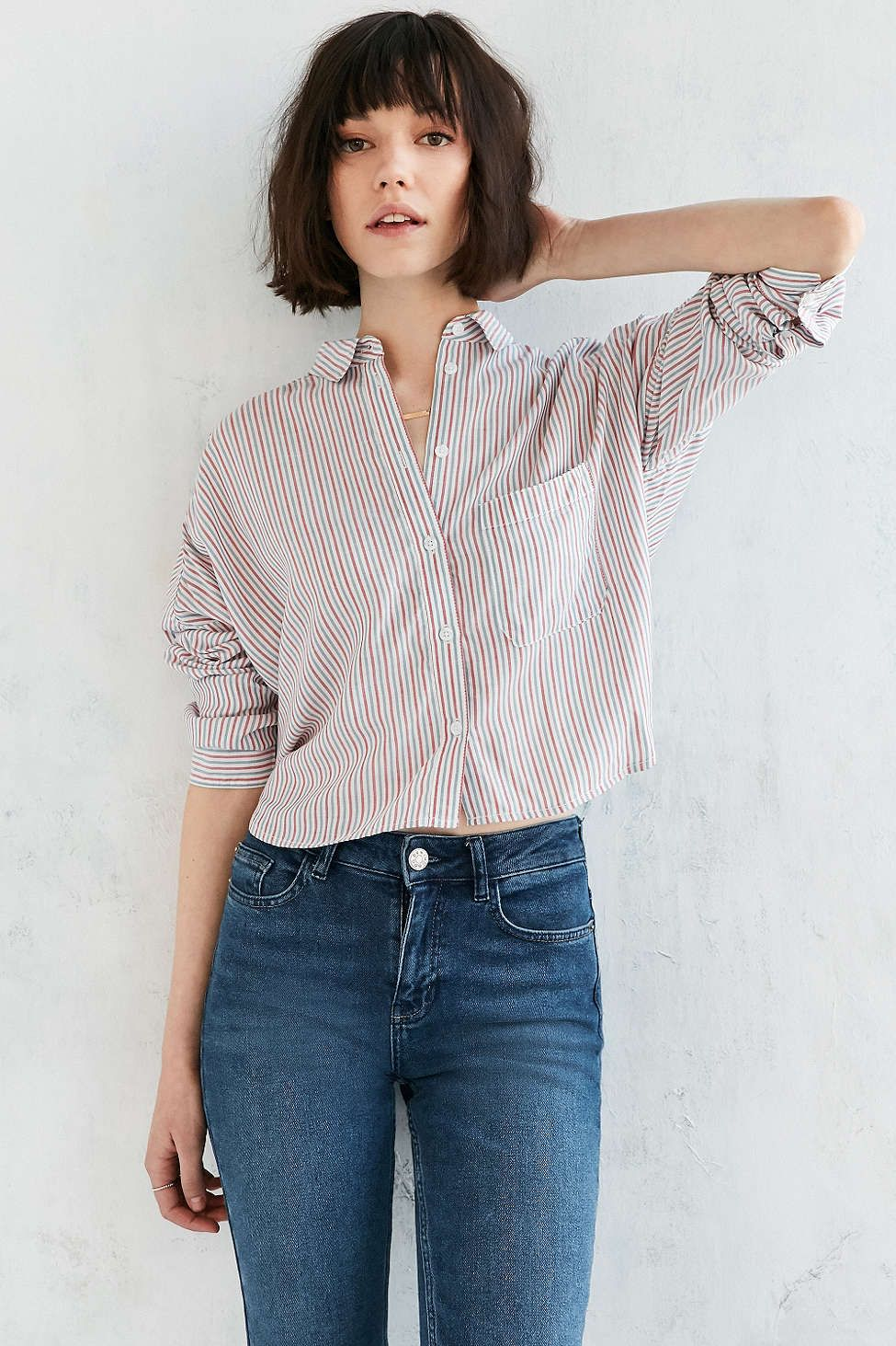 22f79265 BDG Marcelle Cropped Button-Down Shirt | WEAR | Button down outfit ...
