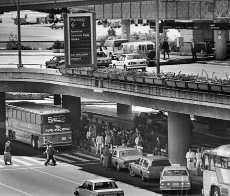 Los Angeles Airport In The 1980s Los Angeles Airport Los Angeles Architecture California History