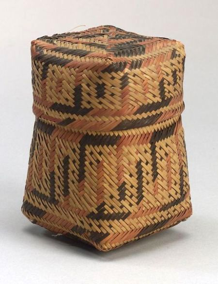 Louisiana Polychrome Twilled Lidded Basket | Chitimacha, c. 1900 #DiscoverNativeAmerica #AIANTAEastern