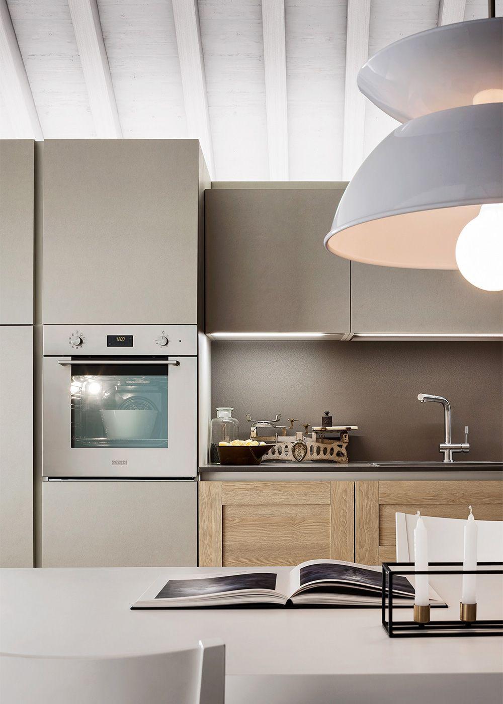 Mobili Cucina Dai Colori Chiari Diotti Com Cucine In Legno Chiaro Arredo Interni Cucina Idee Per La Cucina