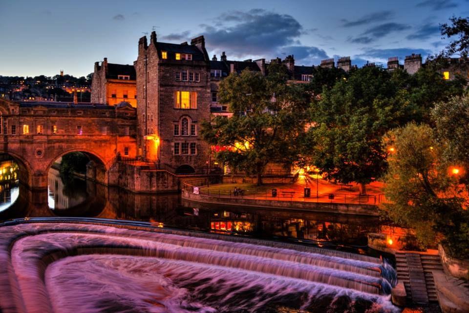 Night Scenery of Pulteney Bridge, Bath, England | Bath ...