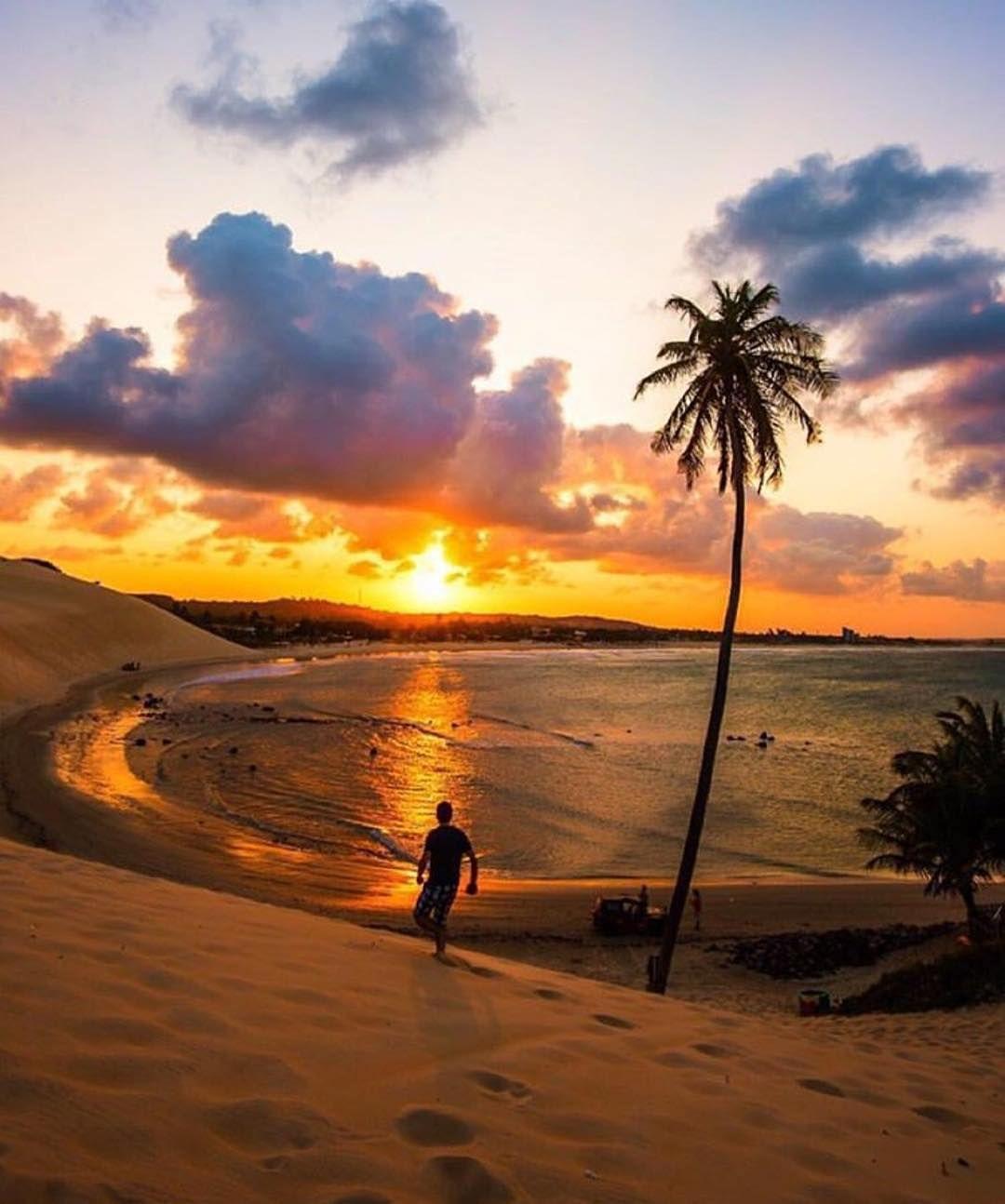 "238.5 mil curtidas, 909 comentários - BEAUTIFUL DESTINATIONS (@beautifuldestinations) no Instagram: ""Golden hour at the beach 🙌🏻 (📷: @cbezerraphotos)"""