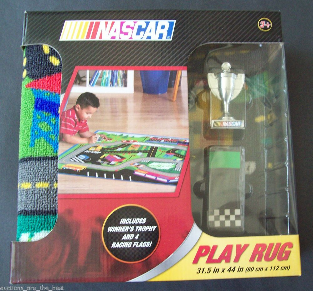 NASCAR PLAY RUG WITH WINNERS TROPHY & FOUR RACING FLAGS