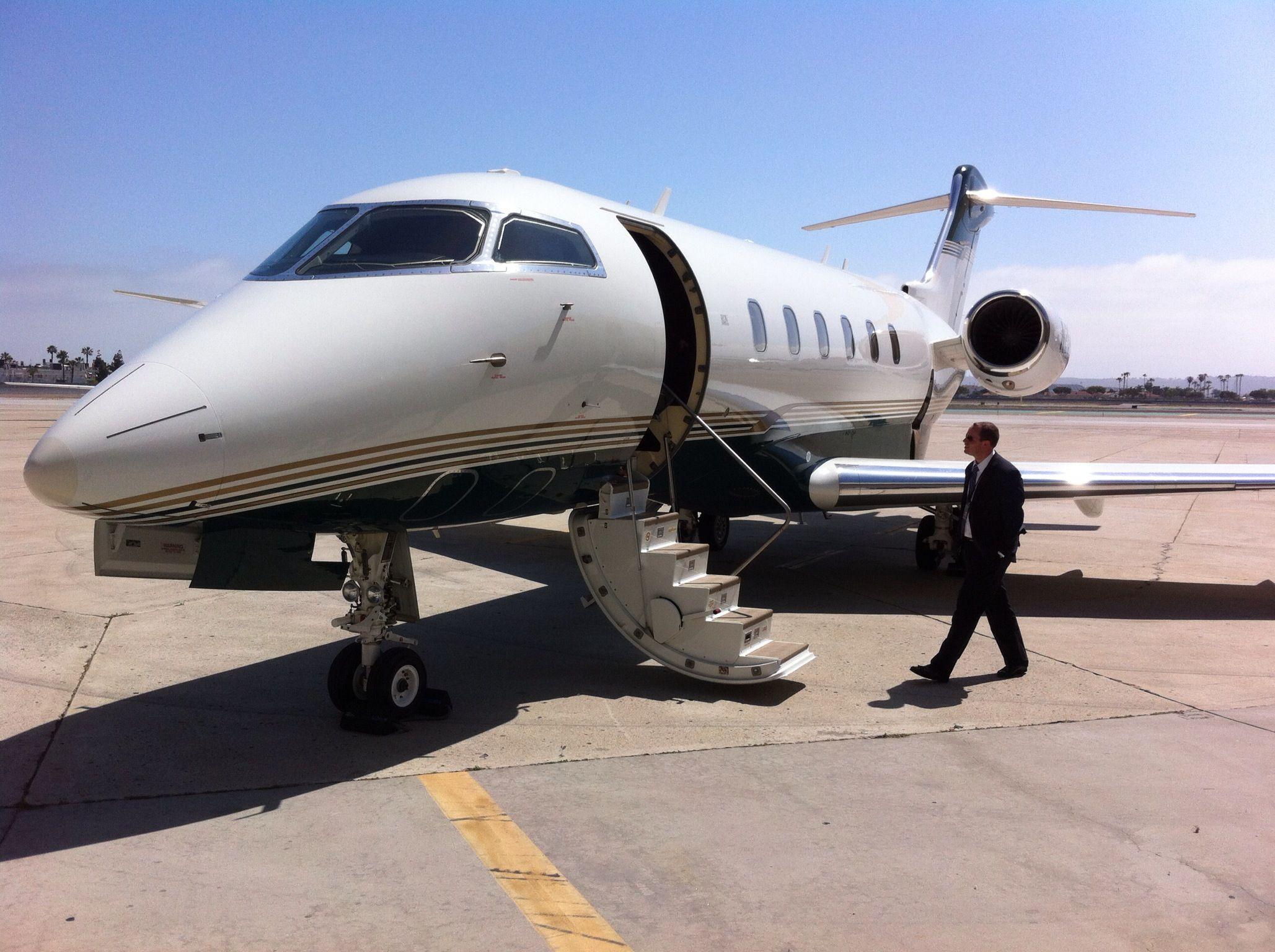 Challenger 300 Aircraft, Passenger jet, Challenger