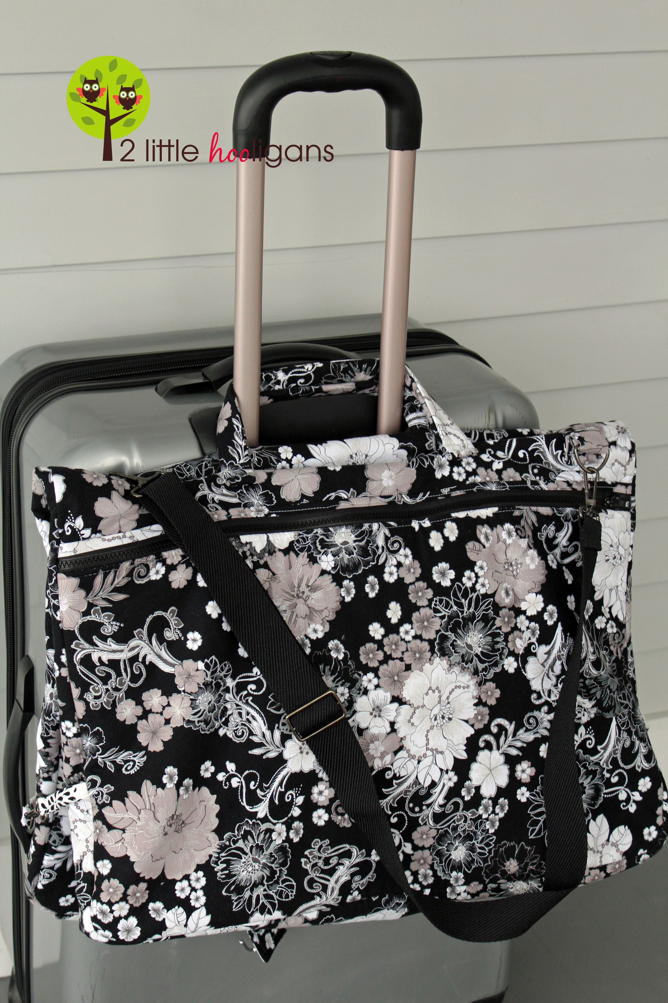Free Garment Bag Tutorial from Christina of 2 Little Hooligans blog ...