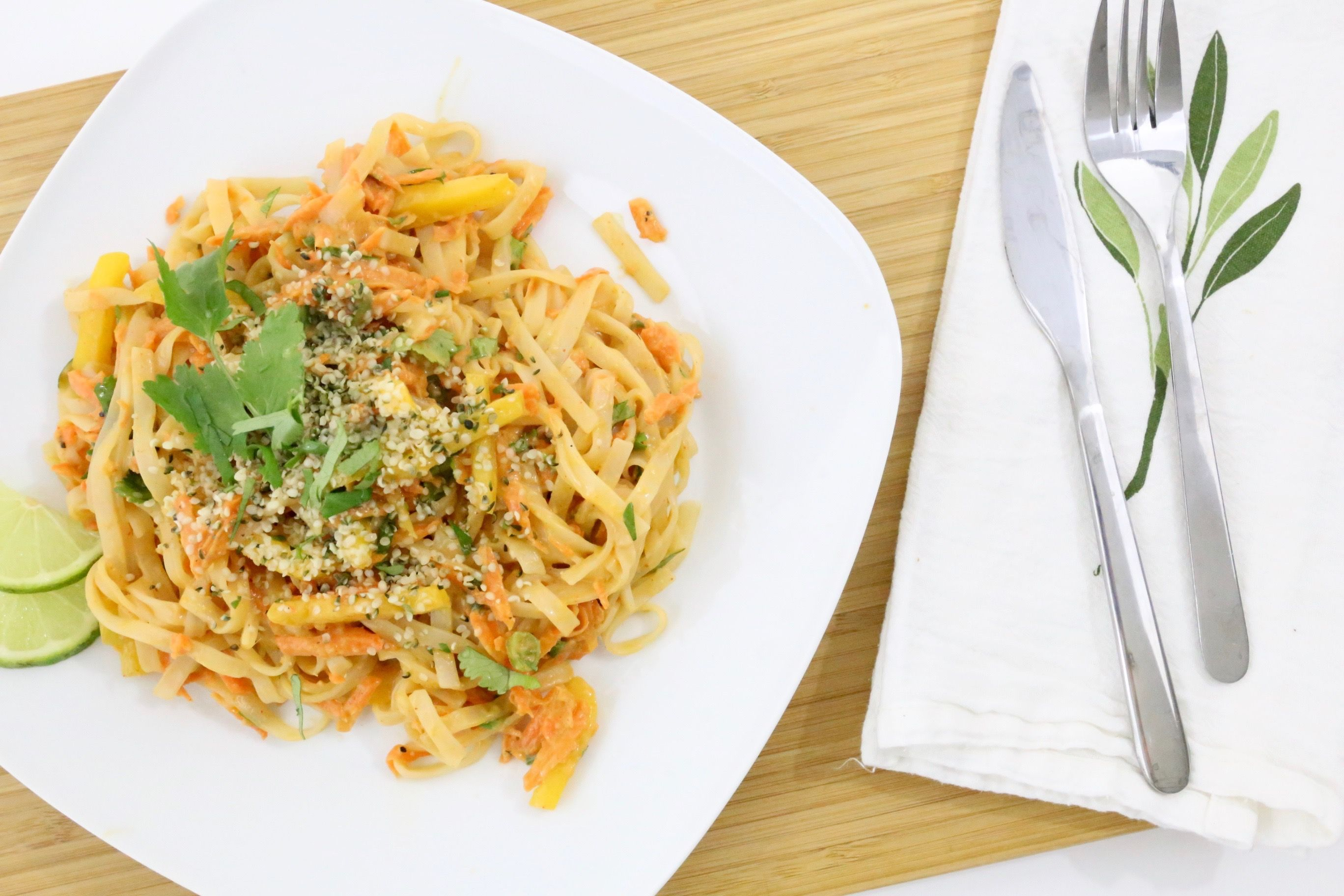 Chef's Plate Review - Peanut Pad Thai https://www.ayearofboxes.com/reviews/chefs-plate-review-peanut-pad-thai/