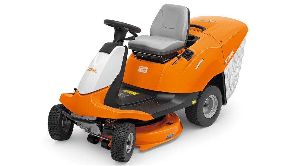 Best Ride On Lawn Mower 2020 Mini Tractors Built For Levelling Larger Lawns Riding Lawn Mowers Lawn Mower Mower