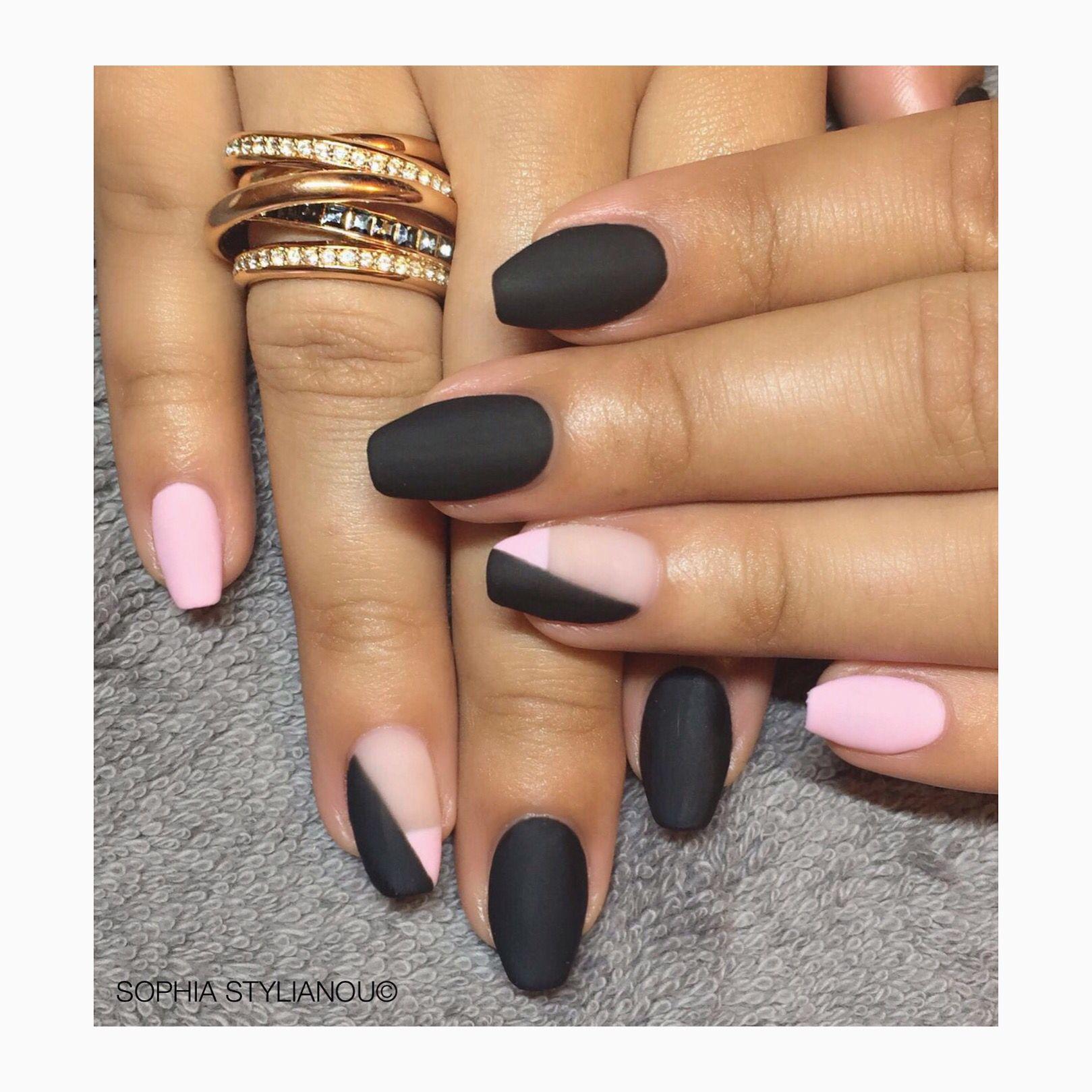 Black & pink matte gel nails by Sophia Stylianou | www.sophiastylianou.com