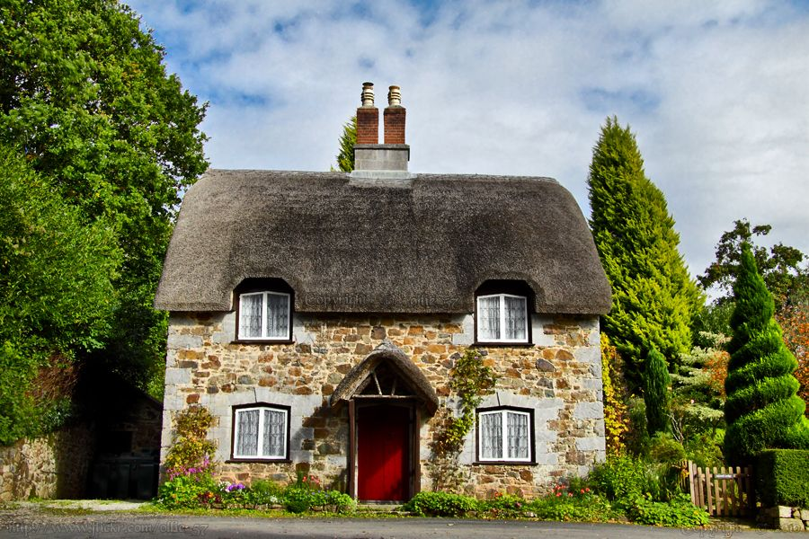 English Fairy Tale Cottage English Country Cottages Thatched Cottage Country Cottage