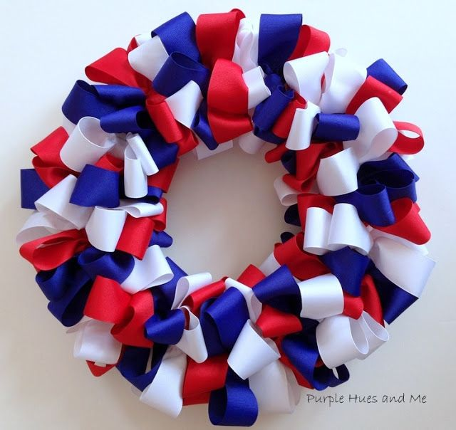 Photo of Create an adorable patriotic bow ribbon wreath