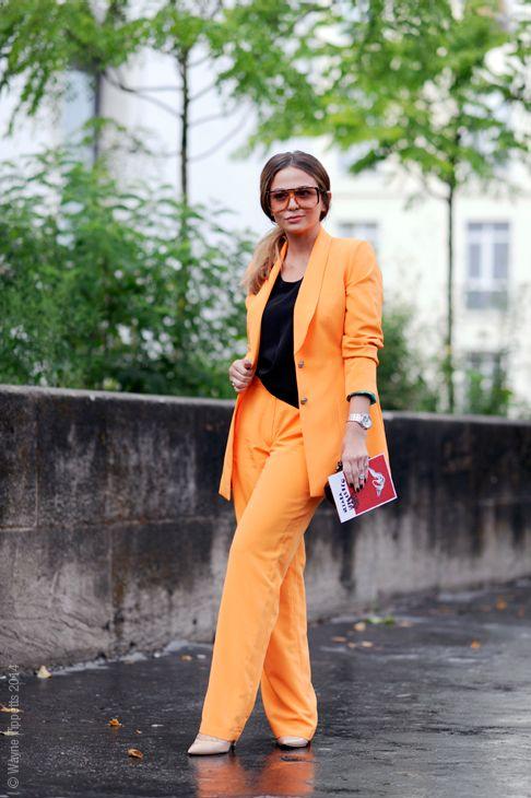 orange pop! Paris. #WayneTippetts