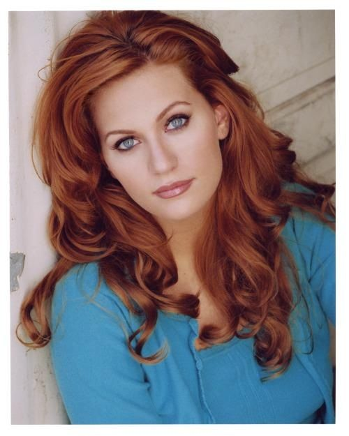 I Love Her Hair Style And Of Course The Color Kc Fire Pinterest
