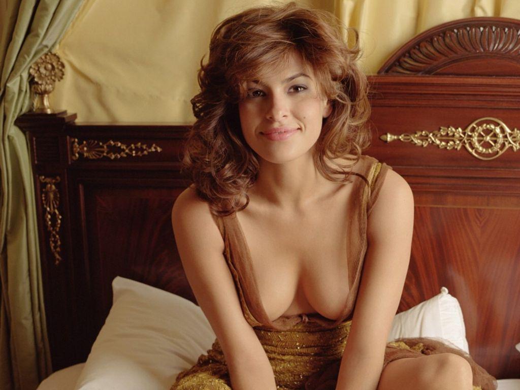 Kaley Cuoco Naked On All Fours,PAUL MOREL Erotic gallery Iggy azalea sweet butt,MOVIE Laura Slade Wiggins