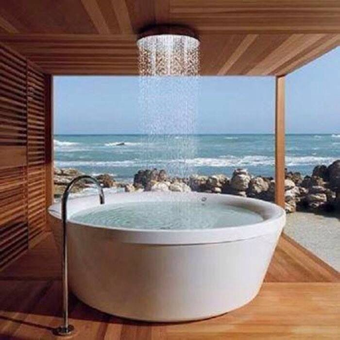 Carlsberg don\'t make baths....but if they did! The perfect bath ...