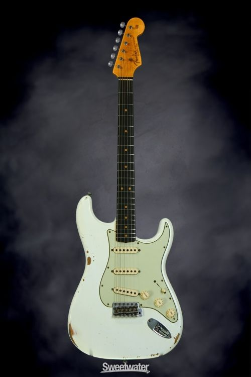 Fender Custom Shop 1963 Time Machine Relic Stratocaster Olympic White With Rosewood Fingerboard Fender Custom Shop Fender Sunburst