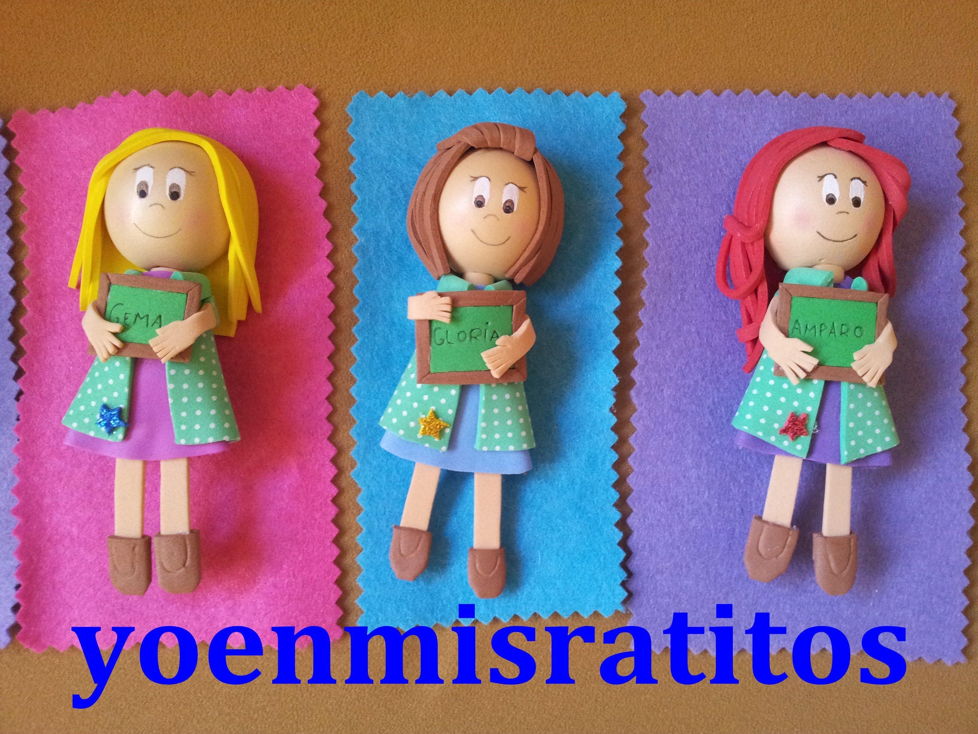 959b64f5c5c Broche profesoras de educacion infantil Manualidades En Foami