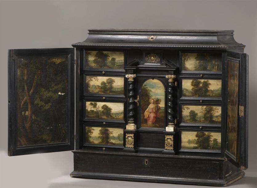 Cabinet Flamand Du Xviieme Siecle En Bois De Placage Teinte Noir A Decor Rariteitenkabinet Meubels Kast