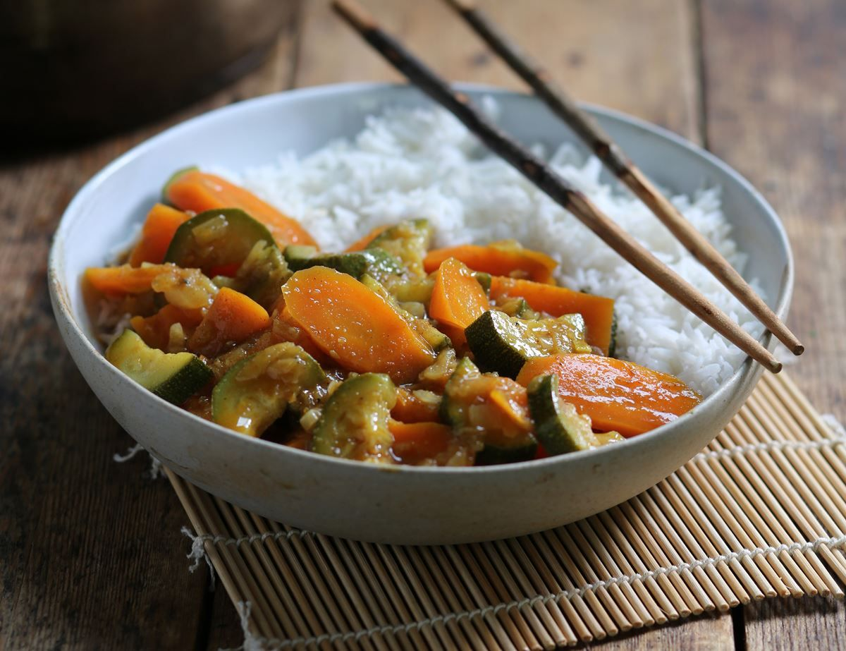 Japanese Sweet Spicy Vegetable Curry Recipe Abel Cole Vegetable Curry Recipes Vegetable Curry Veggie Dinner