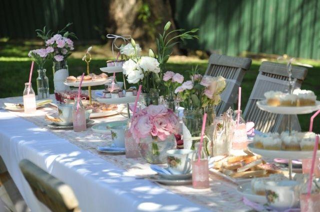 Romantische tisch deko frühling garten party rosen