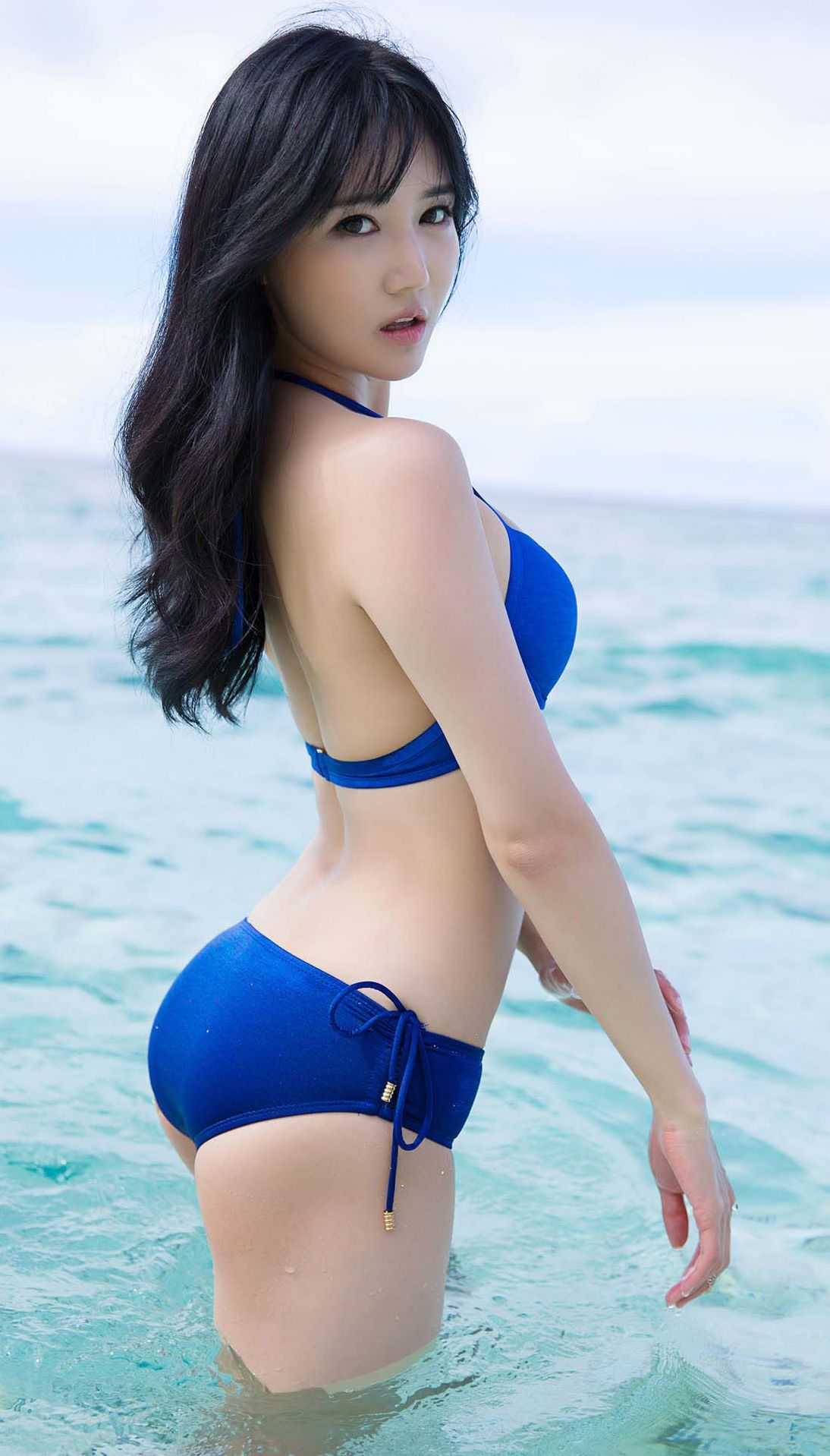 HOT ASIAN MODELS - YOKO - SEXY BIKINI
