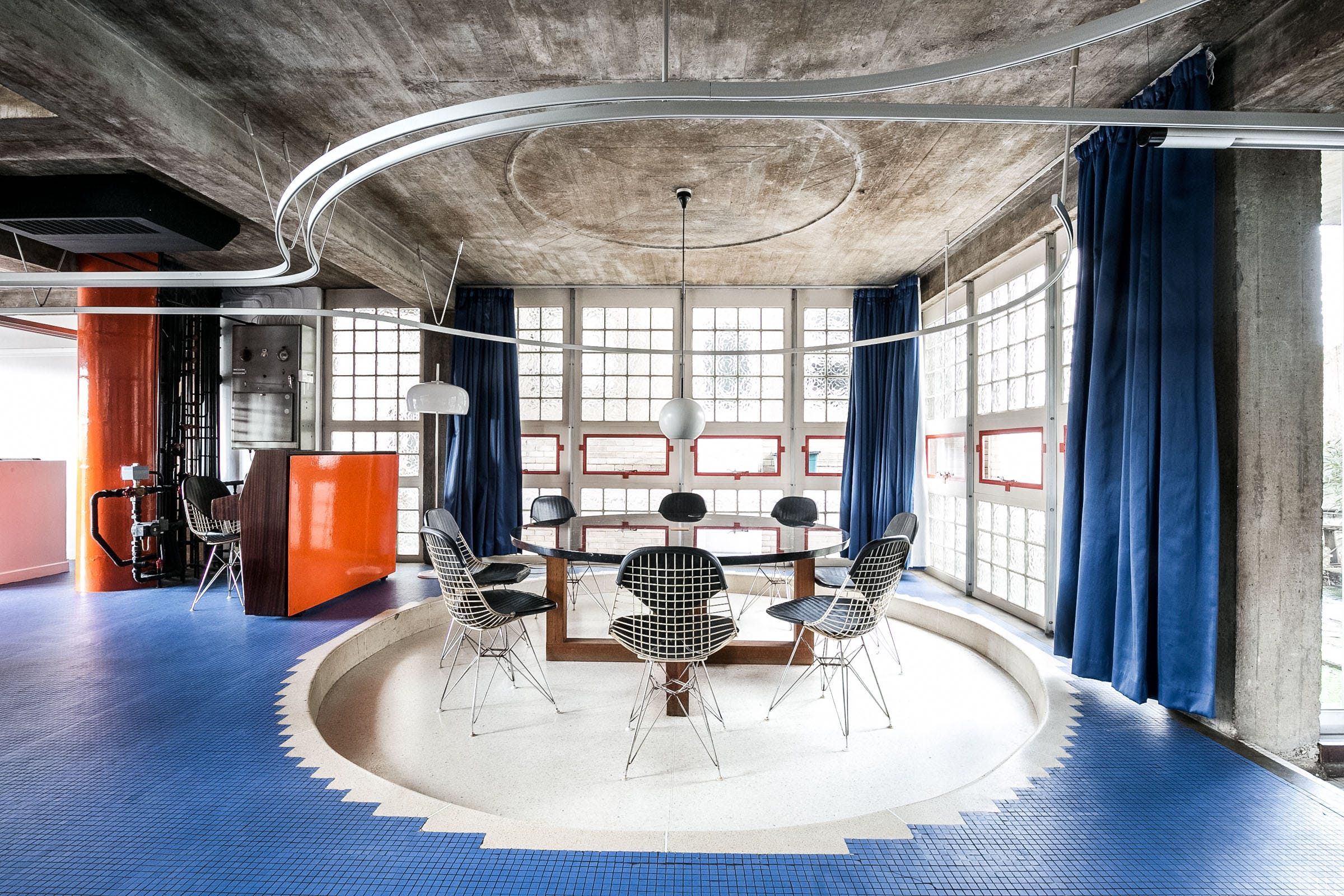 5 Dream Homes For Those Who Like Untouched Retro Style