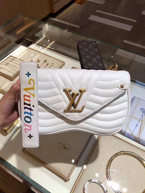 d93ed1957 Authentic Louis Vuitton New Wave Chain Bag MM M51945 White ...