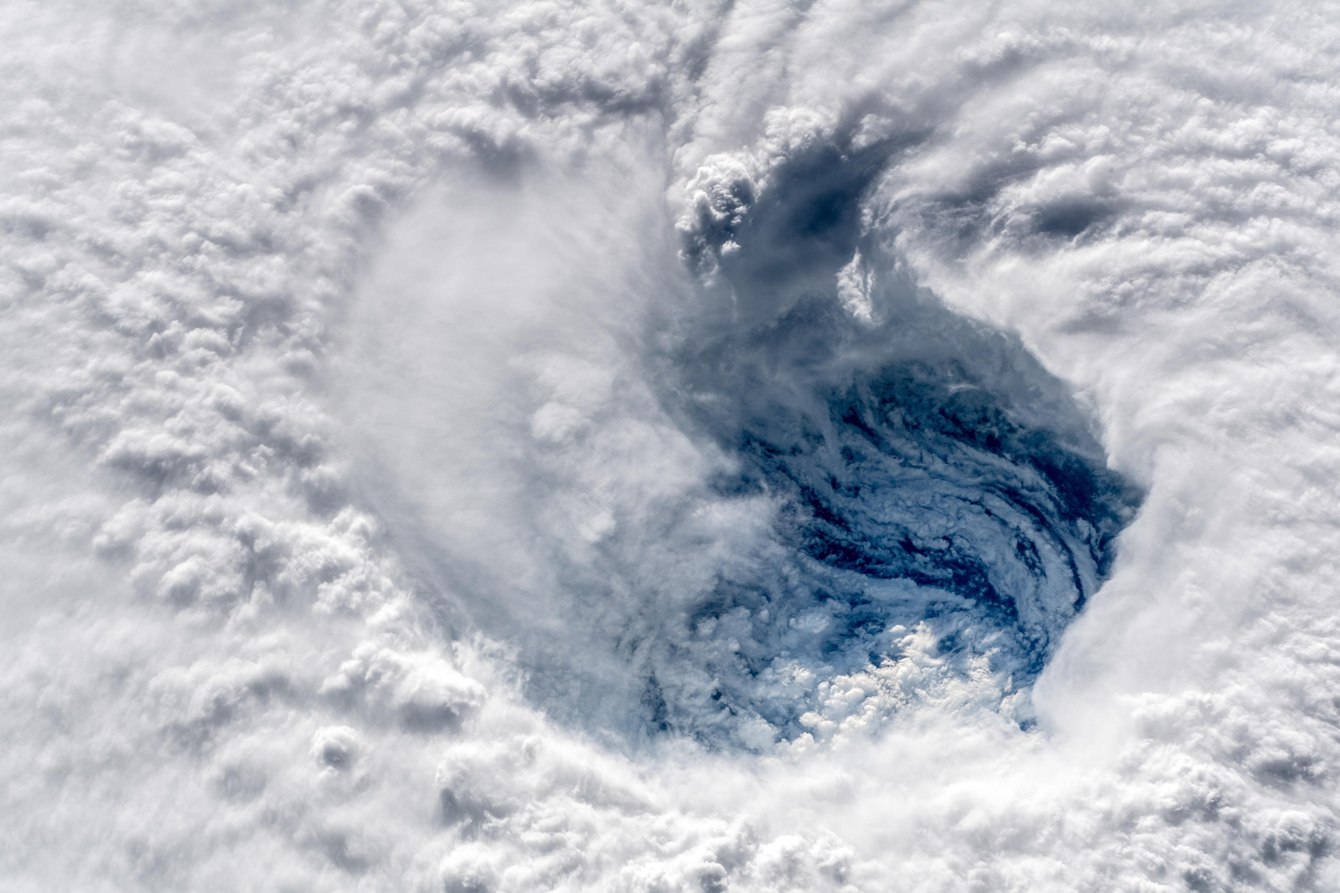 The Eye Of Hurricane Florence 9 2018 Hurricane Pictures Hurricane Storm Surge