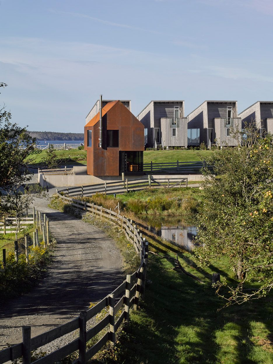 Brian Mackay-Lyons adds steel cabin to his Nova Scotia estate ...