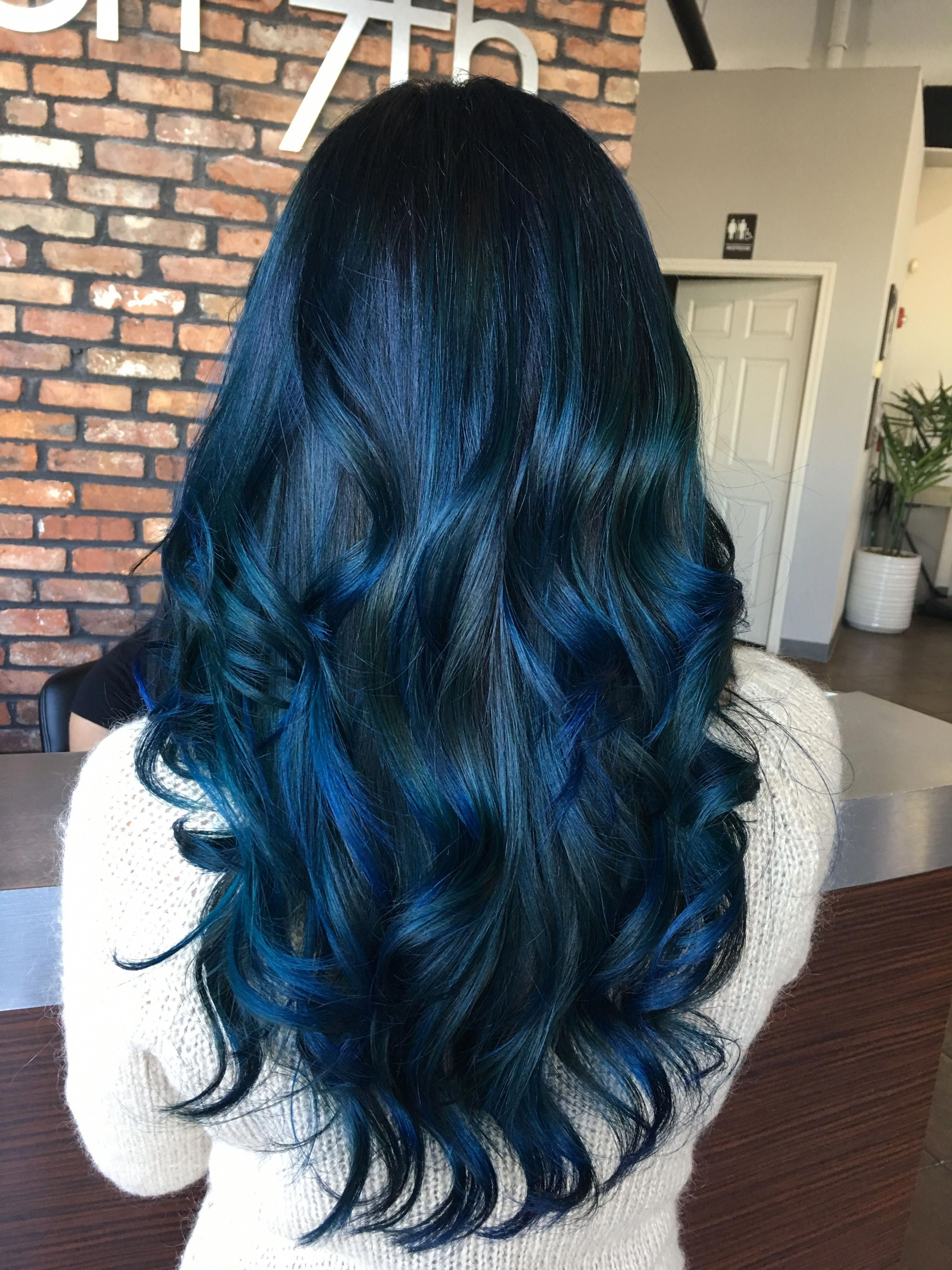 23 Hottest Short Weave Hairstyles In 2019 In 2020 Blue Hair