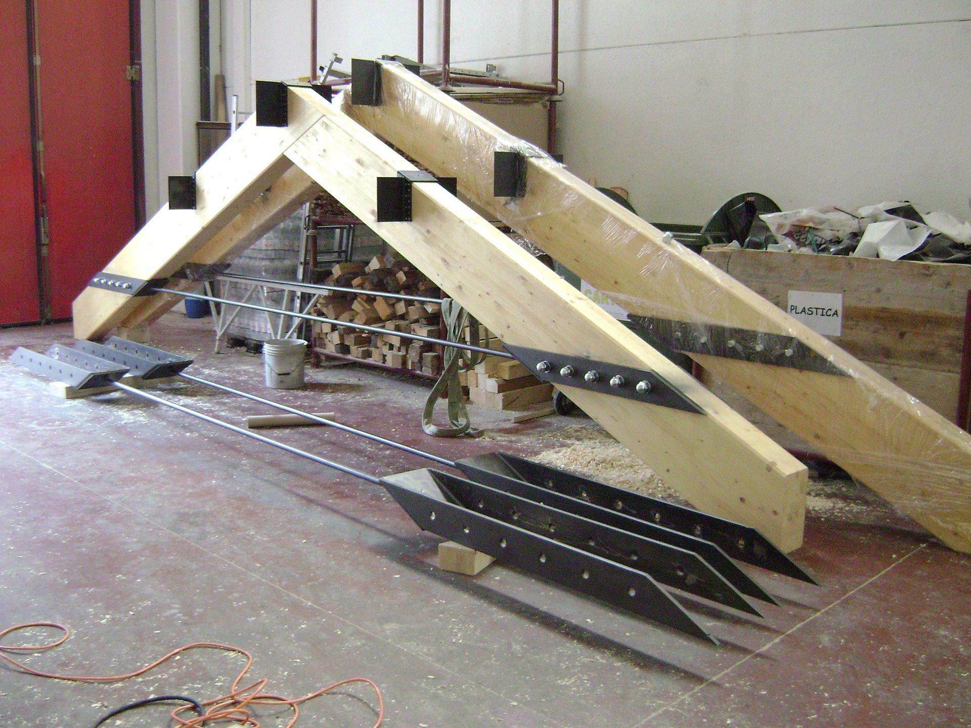Progetto Capriata In Legno lavorazioni: capriate classiche, a doppia catena rialzata