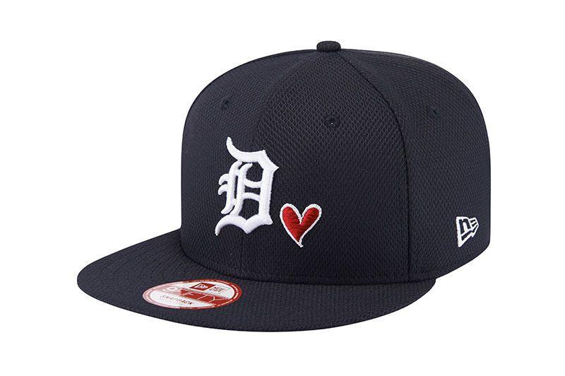 3ce4a1f319479 New Era 9Fifty Heart Collection Detroit Tigers MLB Snapback Cap Adjustable  Hat  NewEra  BaseballCap  DetroitTigers