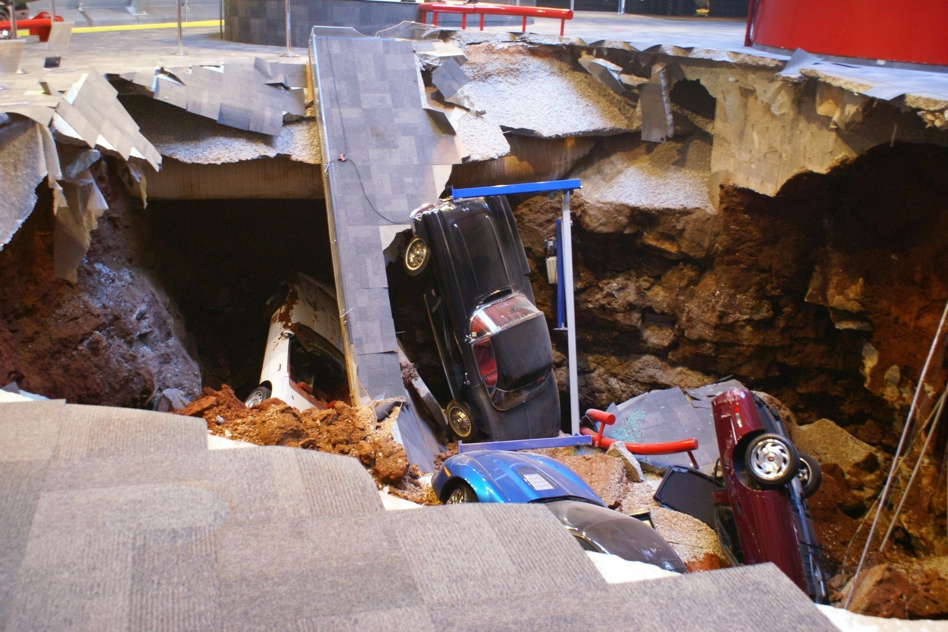 Eight Cars Damaged By Sinkhole At The National Corvette Mu