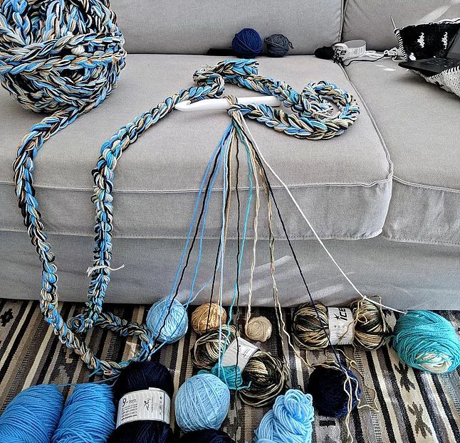 The Ultimate Yarn Stash Buster - How to Make Chunk