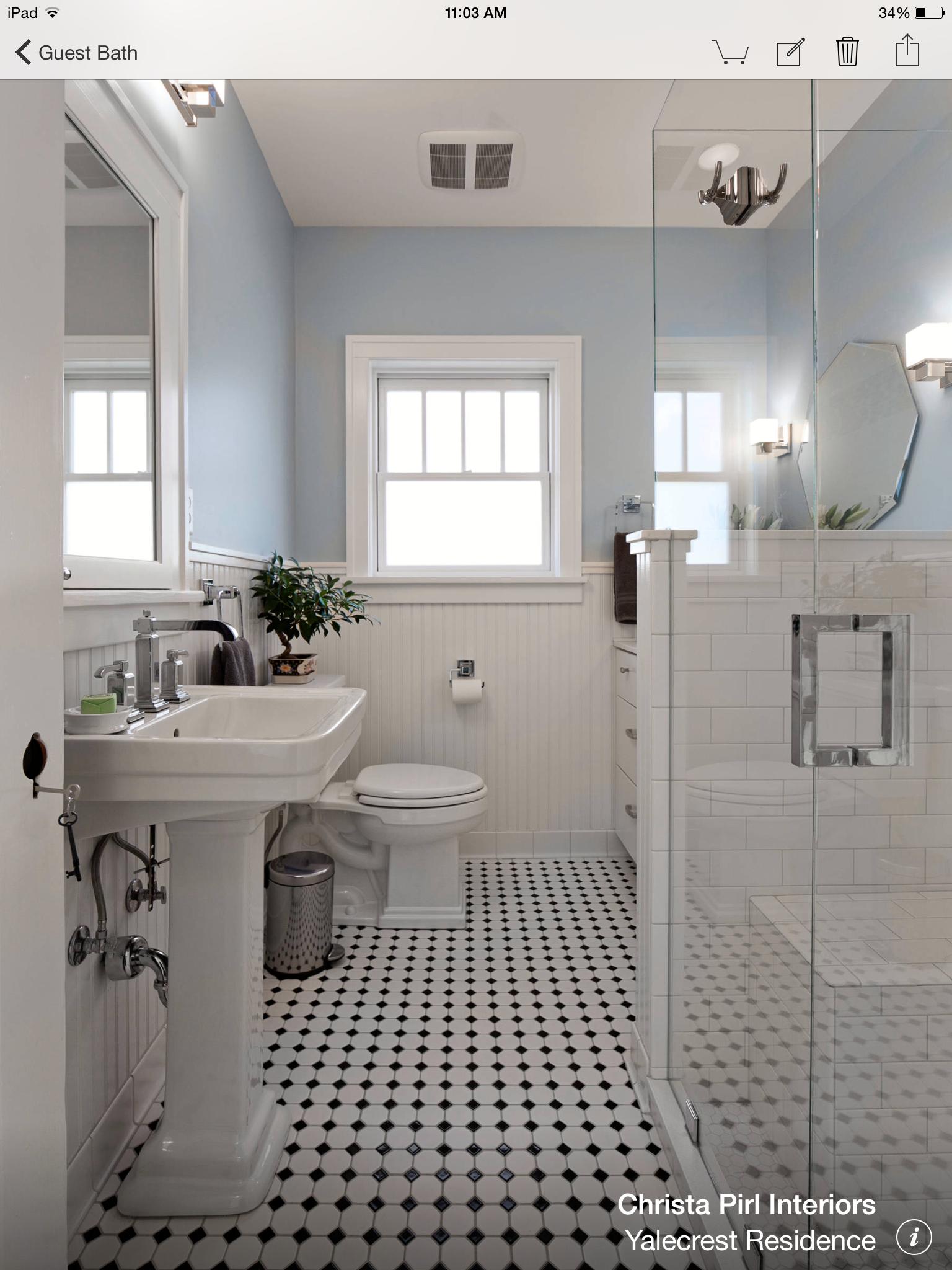Handwerker Bad, Französisch Badezimmer, Victorian Badezimmer, 1920 Bad,  Handwerker Häuser, Handwerker Küche, Bad Wainscotting, Täfelung, Bad Farben