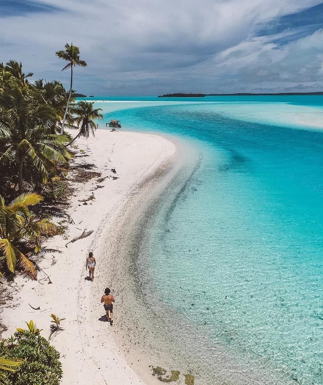 Cook Islands Beaches: Beach Escape In Paradise... 🏝 📍Aitutaki, Cook Islands 📷 By
