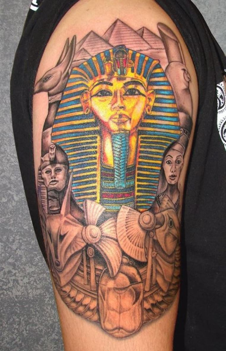Egyptian Pyramid Tattoo Design Egyptian tattoo, Pyramid
