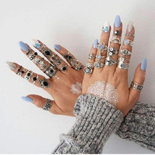 Pretty Rings Collection