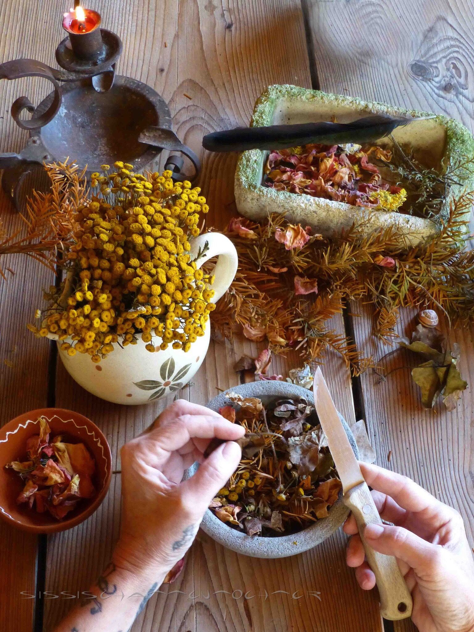 Making Incense Is Relatively Simple Just Take Some Herbs Crush Them And Mix Them Together Samhain Incense Blend Blend Herbalism Herbal Witch Witch Herbs