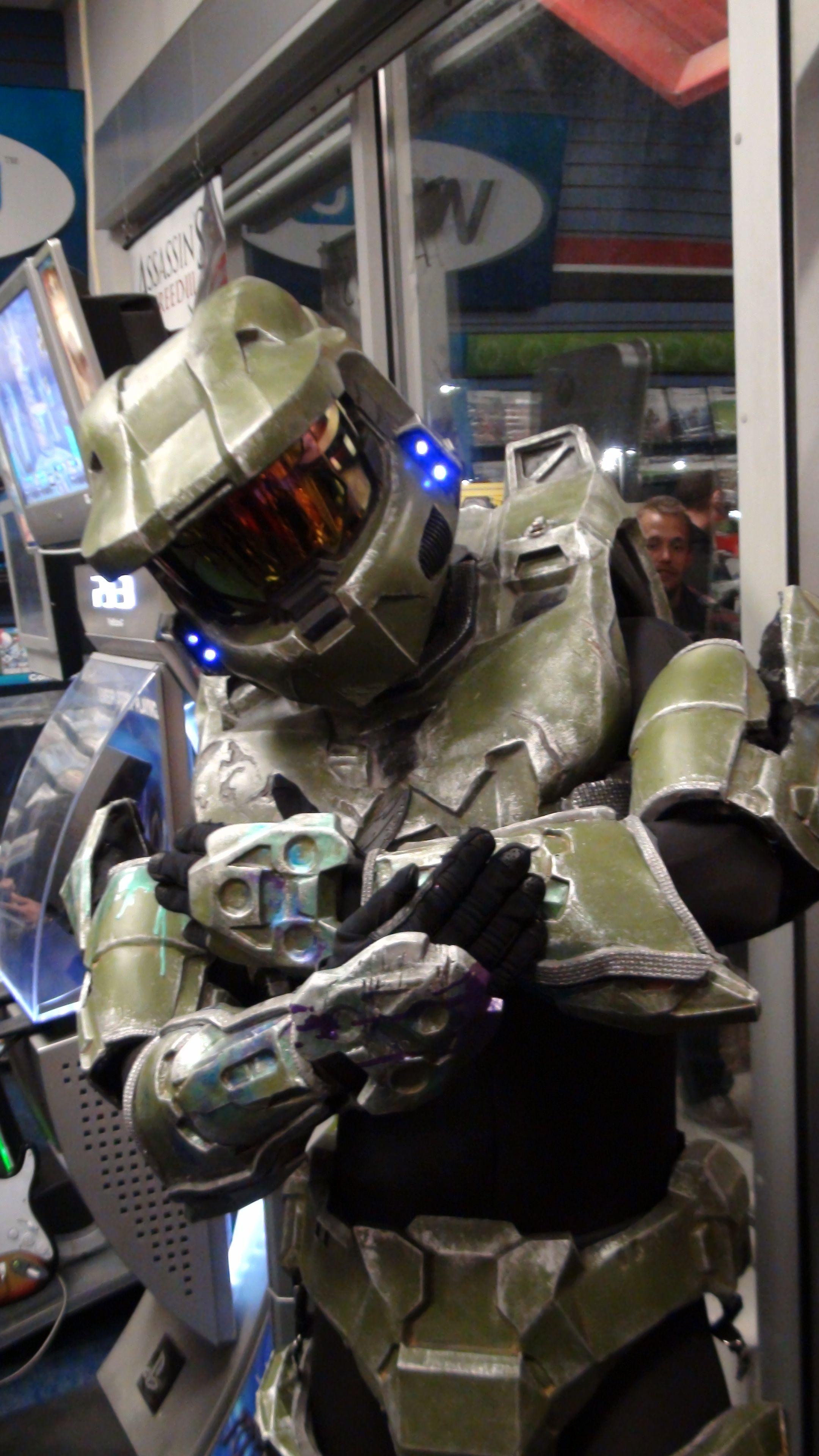 Master Chief   Master chief costume, Halo armor, Master chief