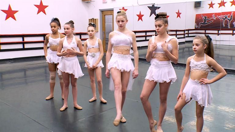 Dance Moms - Chloe Lukasiak, Kalani Hilliker, Nia Frazier -6369