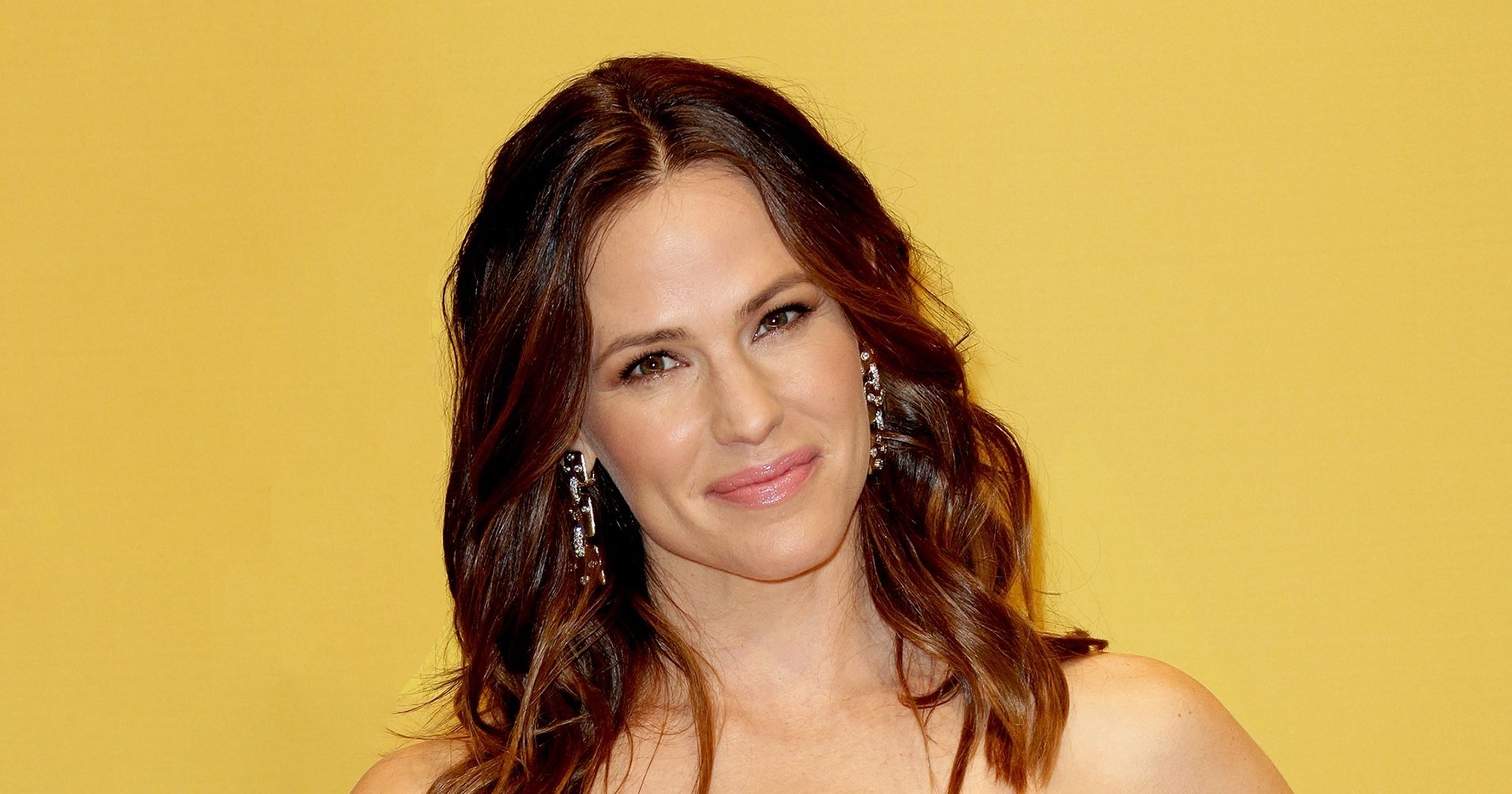Could A Jen Garner GIF Help You Land A Job?  http://www.refinery29.com/2017/04/148137/new-rules-of-work-excerpt-career-advice?utm_source=feed&utm_medium=rss
