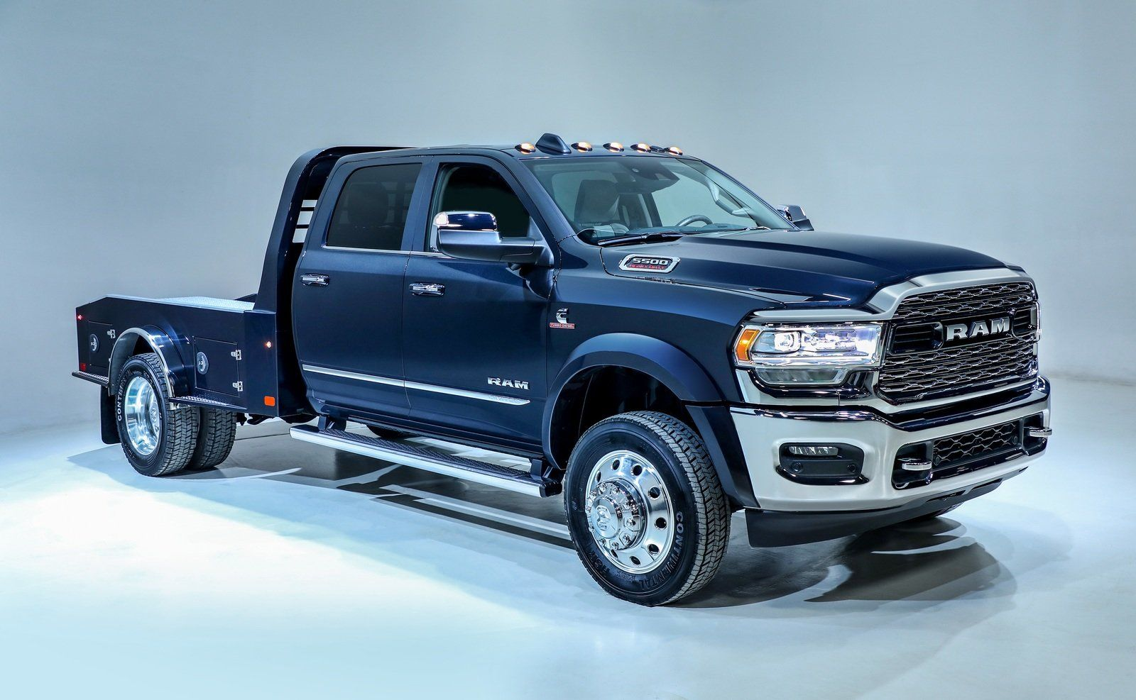 2020 Ram Chassis Cab Brings A New Generation Of Work Trucks To Chicago Image 820440 Work Truck Trucks Pickup Trucks