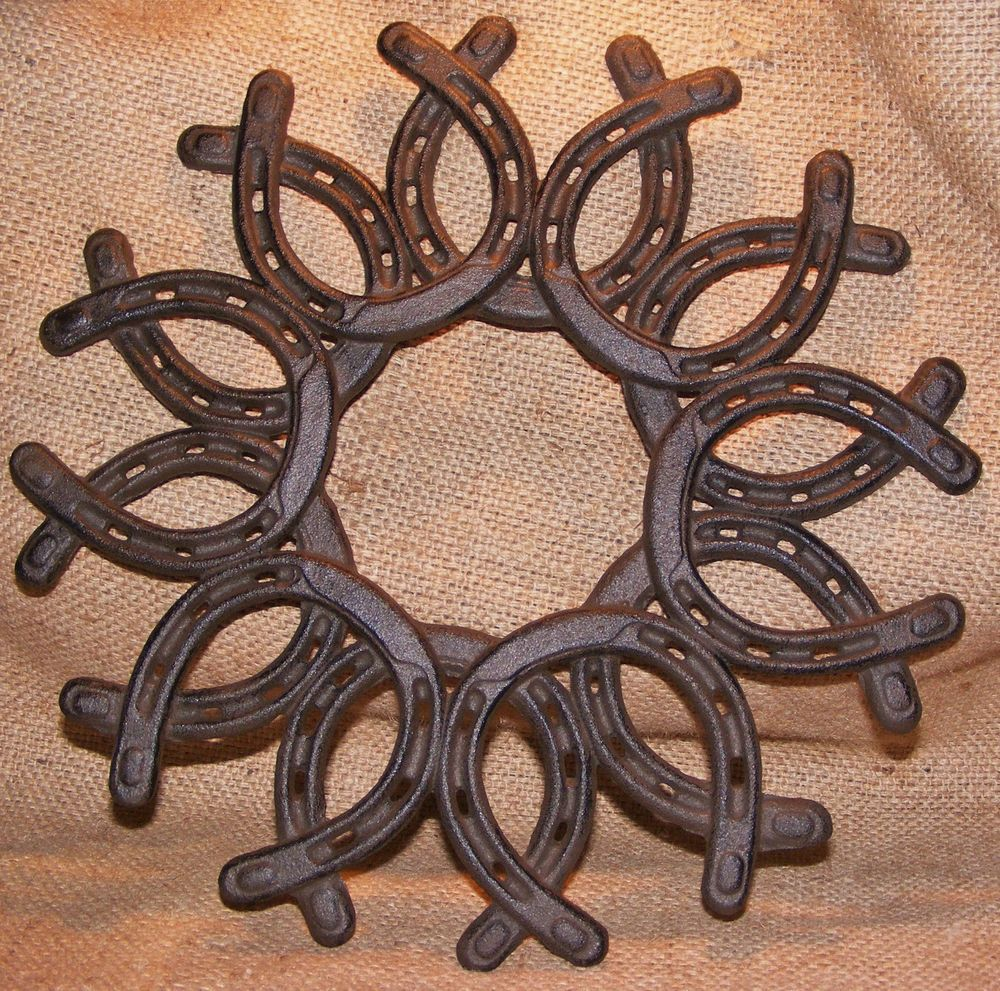 Cast Iron Horse Shoe Wreath Wall Plaque Horseshoe Country Rustic