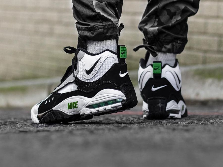 nike air max speed turf on feet